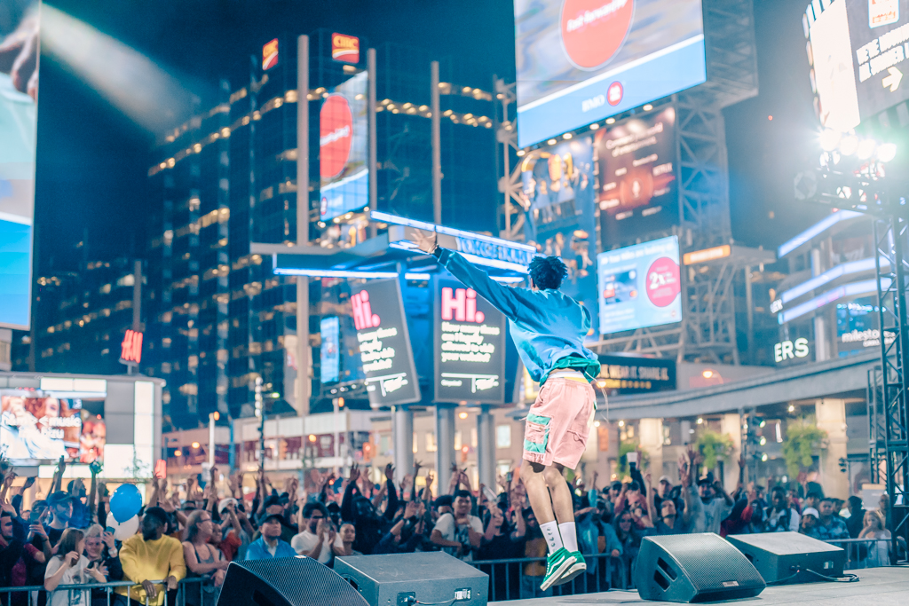 Clairmont The Second: Live at Dundas Square